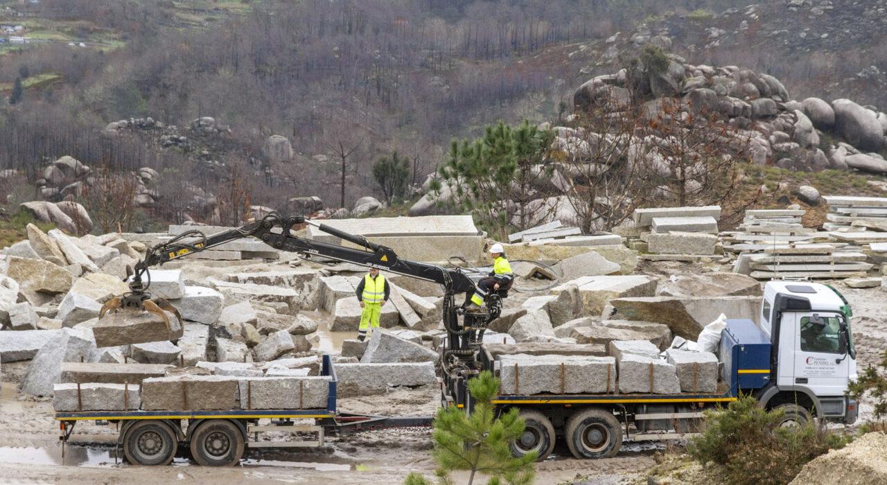 Canteras Penido Transporte Piedra